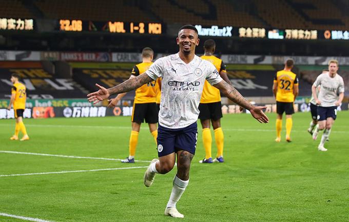 Thấy gì sau chiến thắng tưng bừng của Man City trước Wolves?