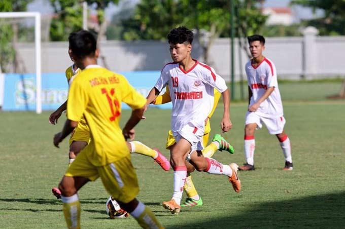 Quốc Cường tiếp tục là nòng cốt của U17 Nutifood JMG ở giải U17 Quốc gia 2020. Ở trận đấu với U17 Sài Gòn FC chiều qua, Quốc Cường đã thực hiện quả đá phạt với cự ly 30 mét. Cú sút cực kỳ đẹp mắt bằng chân phải đưa bóng vào góc xa, khiến thủ môn đội bạn bó tay. Kết quả này giúp U17 Nutifood JMG cùng với Sông Lam Nghệ An (đội đã thắng Phú Yên 4-1) sớm nắm tay nhau vào bán kết của VCK U17 quốc gia 2020.