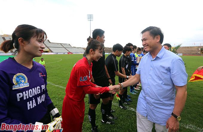 Chiều 22/9, lượt đi giải bóng đá Nữ VĐQG – Cúp Thái Sơn Bắc 2020 chính thức khởi tranh tại hai địa điểm SVĐ Hà Nam (Thành phố Phủ Lý, tỉnh Hà Nam) và Trung tâm đào tạo bóng đá trẻ Việt Nam (Hà Nội).