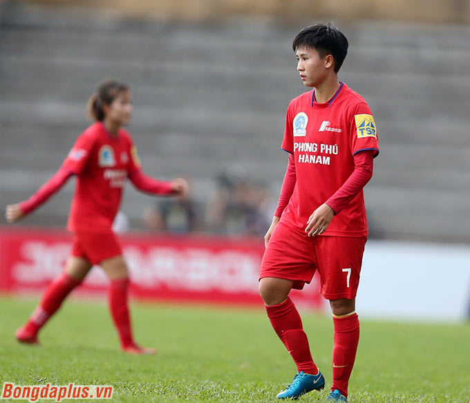 Tuyết Dung là người lập công duy nhất cho Phong Phú Hà Nam ở hiệp đấu đầu tiên