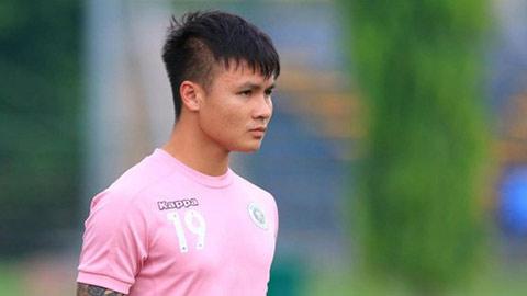 Quang Hải bất ngờ phải tập riêng trước khi V.League 2020 trở lại