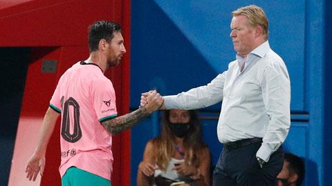 HLV Koeman đã thử nghiệm để Messi đá cao nhất trên hàng công Barca