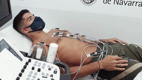 Luis Suarez kiểm tra sức khỏe ở Atletico Madrid