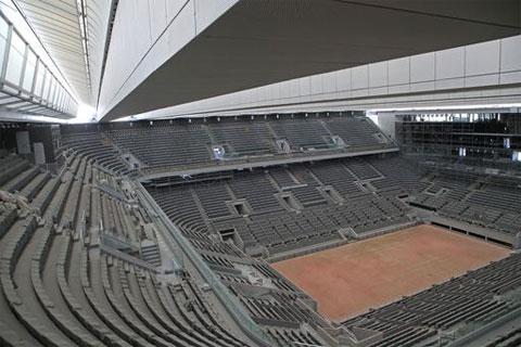 Số khán giả đến sân Philippe Chatrier năm nay chỉ bằng 1/15 công suất