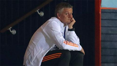 Solskjaer đá đểu Mourinho sau chiến thắng của M.U