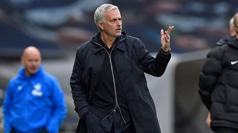 Tottenham hoà Newcastle 1-1 và cơn bực bội của Jose Mourinho