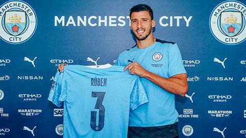 Pep Guardiola tin tưởng tương lai cực sáng của Ruben Dias