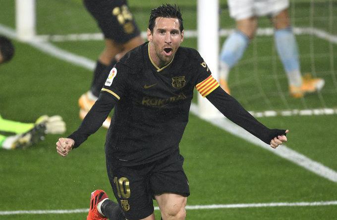 Messi dứt điểm mang về bàn thắng thứ 2 cho Barca đầu hiệp 2