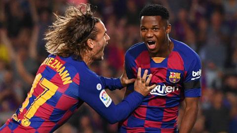 Fati (phải) sẽ lại ghi bàn giúp Barca vượt qua đối thủ khó nhằn Sevilla