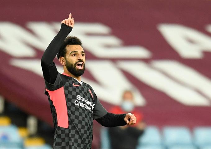 Salah tỏa sáng với cú đúp nhưng không thể giúp Liverpool nhận thất bại tủi hổ