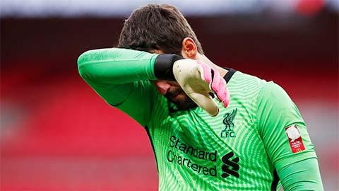 HLV Klopp báo hung tin về Alisson sau trận Liverpool thua thảm Aston Villa