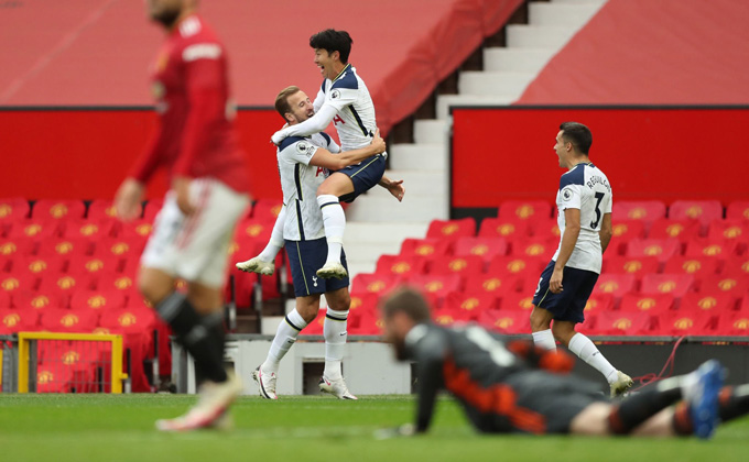 Thấy gì từ trận thảm bại 1-6 của M.U trước Tottenham?