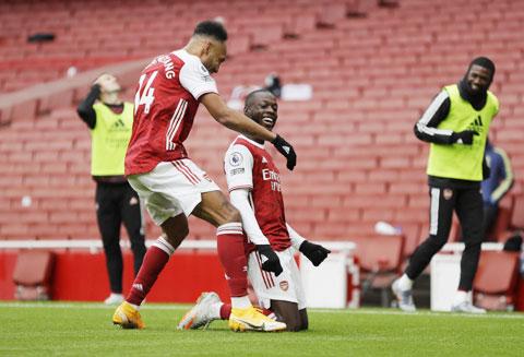 Pepe ăn mừng cảm xúc sau khi ghi bàn thắng quan trọng giúp đội nhà giành 3 điểm trước Sheffield United