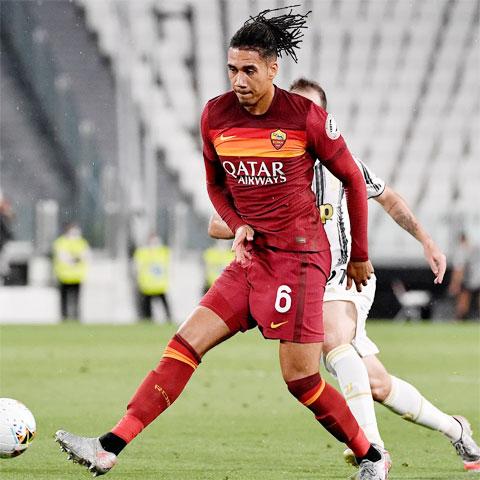 Roma đã chi 18 triệu euro để chính thức sở hữu Smalling