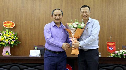 Chủ tịch FIFA chúc mừng chủ tịch VFF Lê Khánh Hải được bổ nhiệm làm Phó Chủ nhiệm Văn phòng Chủ tịch nước