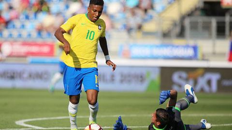 Rodrygo: 'DNA của Brazil là bóng đá tấn công'