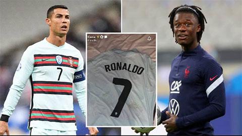 Camavinga chọn cách 'đặc biệt' lưu giữ món quà từ Ronaldo