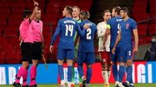 Vì sao Reece James nhận thẻ đỏ sau khi trận Anh - Đan Mạch kết thúc