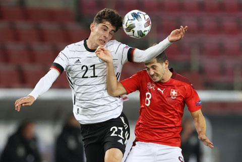 Kai Havertz (trái) có 1 bàn và 1 pha kiến tạo trong trận gặp Thụy Sỹ