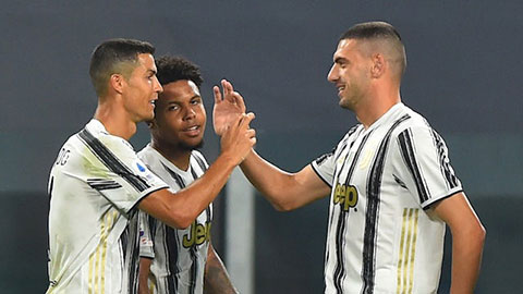 Juventus được xử thắng 3-0, Napoli còn bị trừ 1 điểm