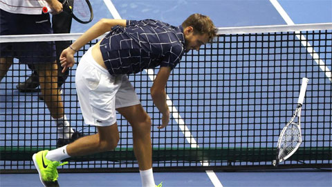Reilly Opelka biến Daniil Medvedev thành cựu vương St. Petersburg Open
