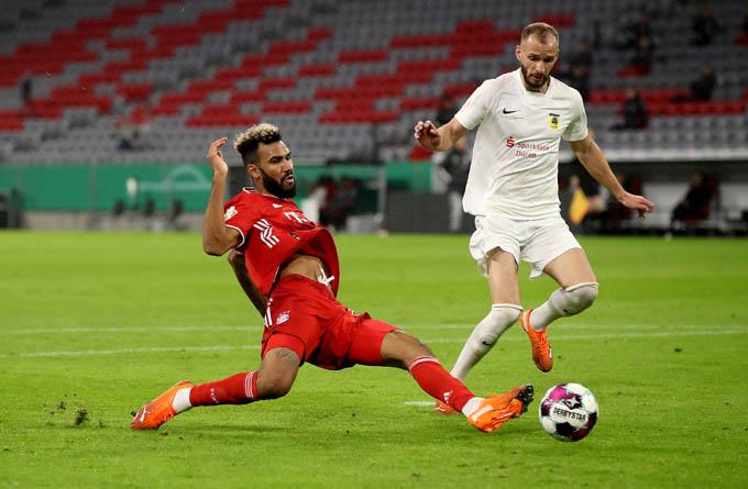 Choupo-Moting đã có trận ra mắt Bayern rất ấn tượng