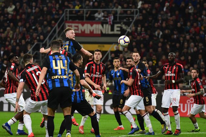 Bóng đá đang hồi sinh ở Milan