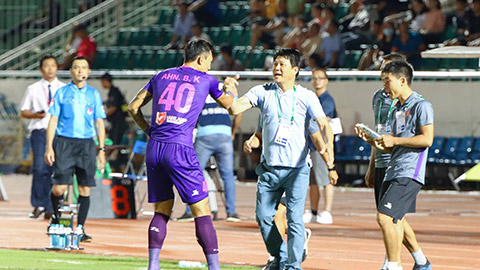 Sài Gòn FC đá hay hơn nhưng bán vé rẻ hơn CLB TP.HCM
