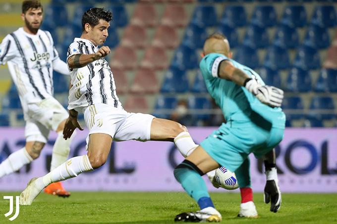 Morata tỏa sáng với bàn gỡ cho Juventus
