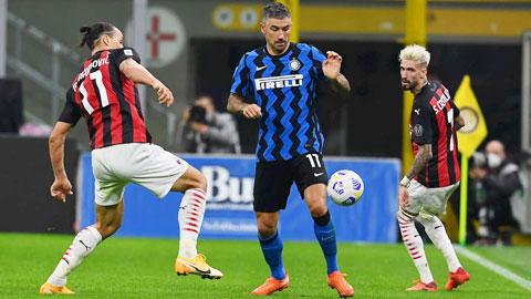 Hàng thủ tan nát của Inter-Conte