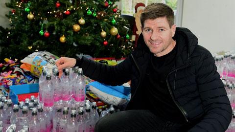 Steven Gerrard lỗ nặng vì kinh doanh nước đóng chai