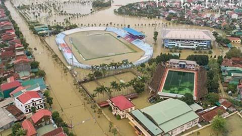 Hình ảnh cực sốc khiến Hồng Lĩnh Hà Tĩnh phải chọn sân khách làm sân nhà