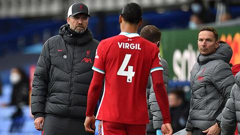 Cập nhật chấn thương của Van Dijk: Có thể vắng mặt ở cả EURO