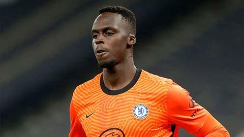 Để Mendy thay Kepa, Chelsea đã giải được bài toán phòng ngự