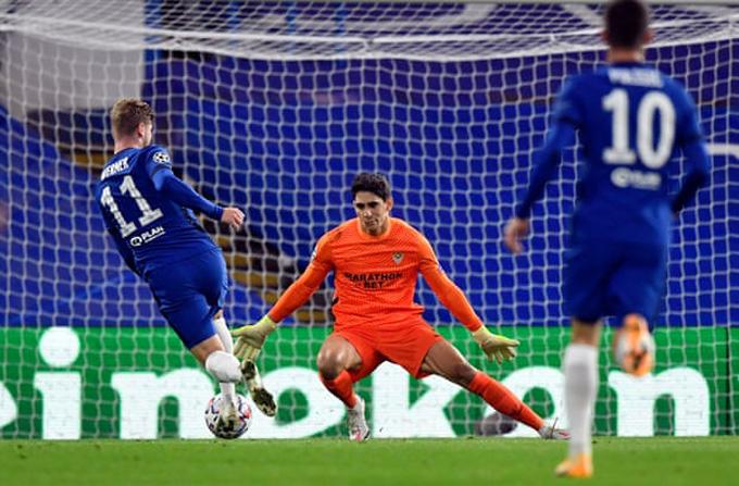 Nhưng những ngôi sao trên hàng công như Werner lại khá vô duyên khiến Chelsea không thể có được bàn thắng