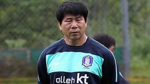 HLV Park Hang Seo tiến cử HLV thủ môn cho ĐT Việt Nam