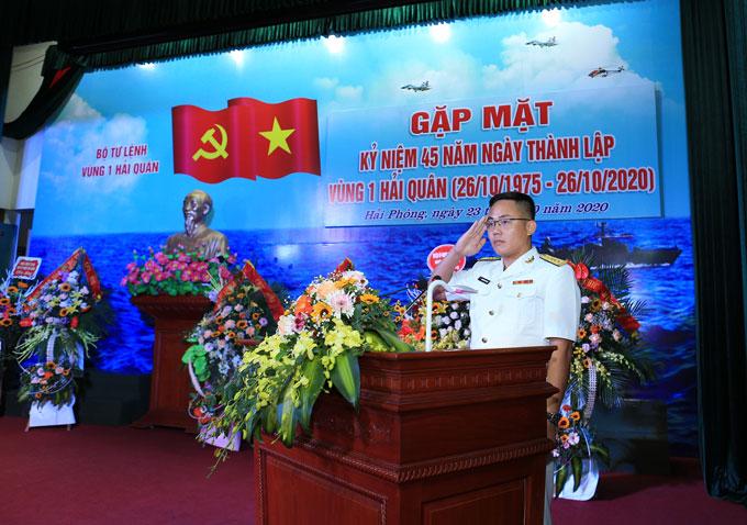 Đại úy Nguyễn Xuân Thùy - Trạm trưởng trạm kỹ thuật Lữ đoàn 679 phát biểu