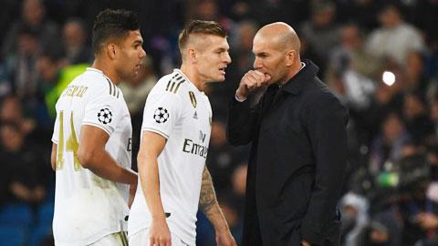 HLV Zidane sử dụng tới 18 cầu thủ để đá chính ở 2 trận đấu gần nhất của Real Madrid