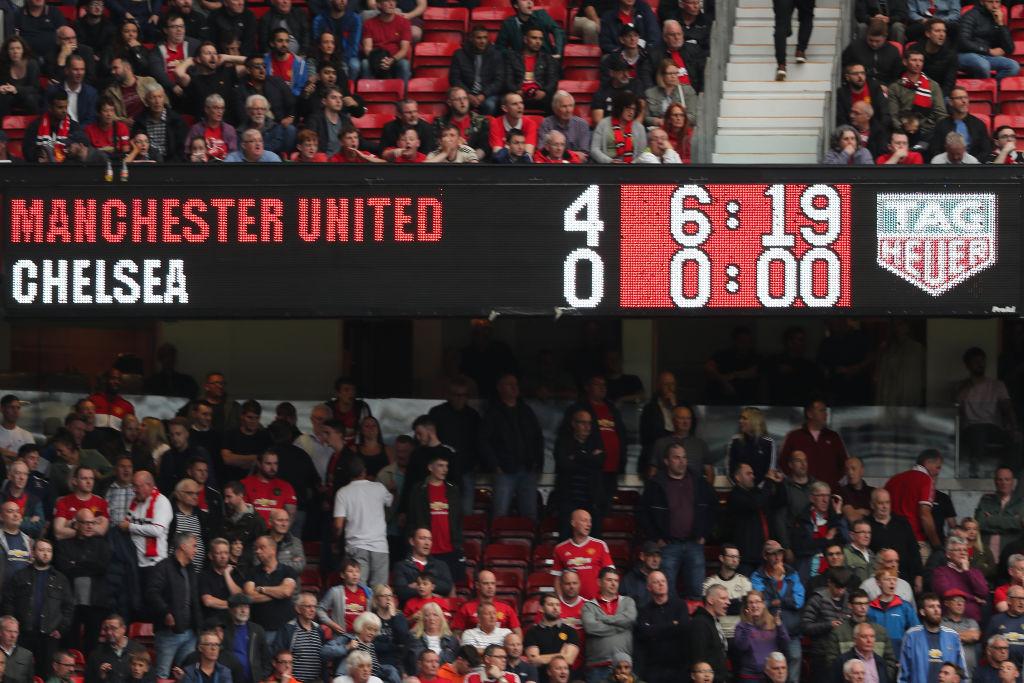Màn tàn sát 4-0 trên Old Trafford khi Solskjaer gặp Lampard lần đầu tiên