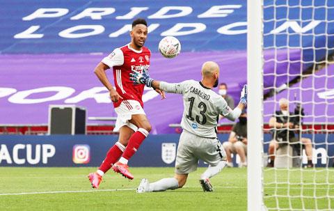 Aubameyang tịt ngòi ở cả 4 trận gần nhất tại Premier League