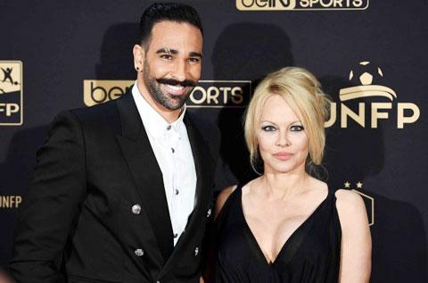 """Rami chỉ """"hot"""" khi cặp với Pamela Anderson"""