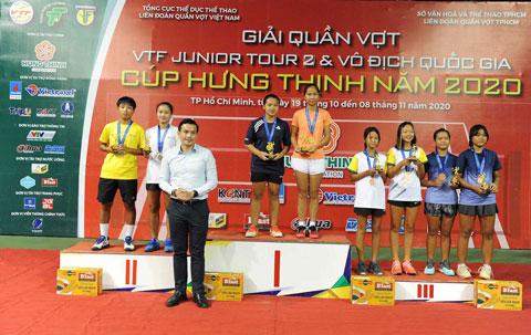Nguyễn Phạm Giao Linh/ Trần Nguyễn Bảo Anh (Vĩnh Phúc) vô địch đôi nữ U14