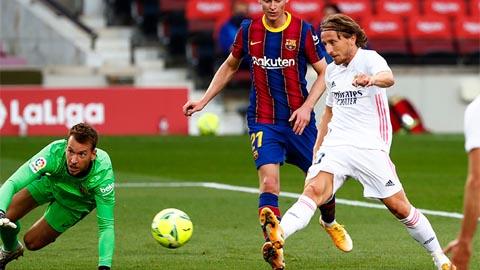 Real thắng Barca nhờ Zidane biết dùng người