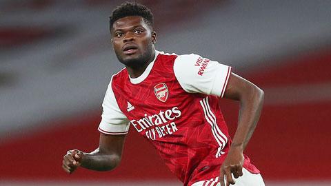 Arsenal không thể thoát thua, nhưng Partey vẫn là điểm sáng