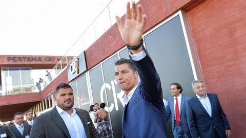 Juventus sẽ bán Ronaldo cho PSG để cắt lỗ