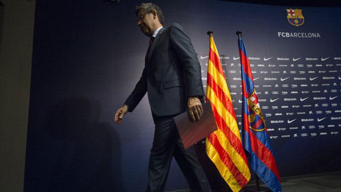 Bartomeu đã phải từ chức chủ tịch Barca vào rạng sáng ngày 28/10