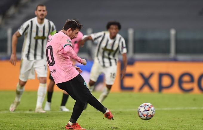 Cả 3 bàn thắng Messi ghi được từ đầu mùa đều đến từ chấm 11m