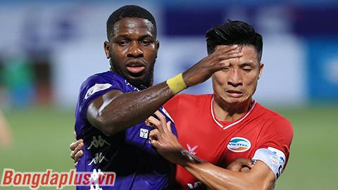 HLV Hà Nội FC đòi truất quyền thi đấu của Bùi Tiến Dũng