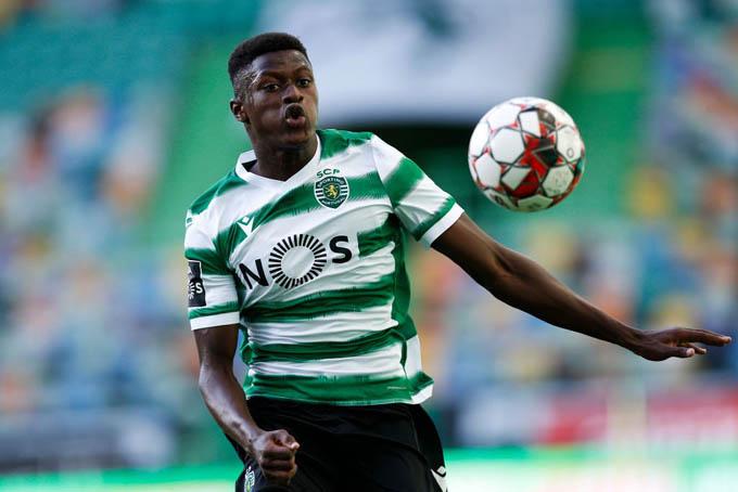 Nuno Mendes đang được Liverpool quan tâm