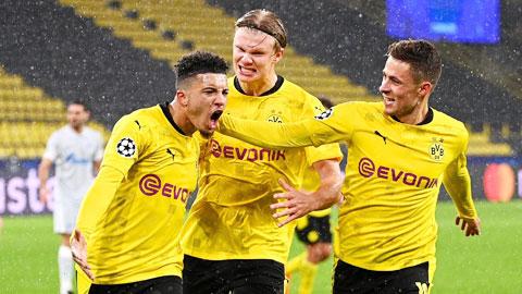 Vì sao Dortmund thắng nhưng Favre không vui?